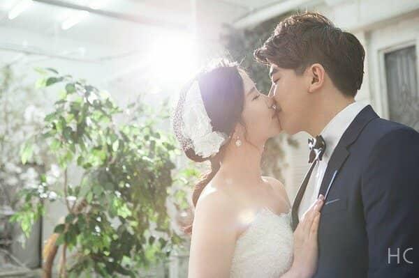 室 井佑 月 結婚 相手